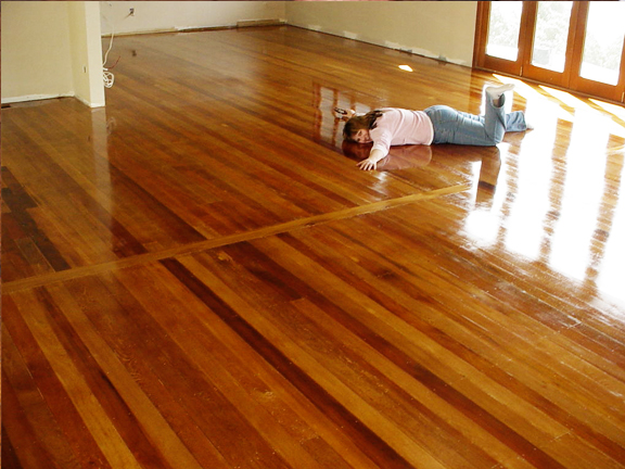 Tips to refinish hardwood floors by los angeles hardwood for Flooring los angeles