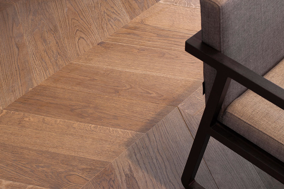 chevron_tobacco_Porcelanosa_AT_Cosmos Flooring
